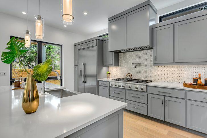 Çok az bir bütçeyle mutfağınızı baştan yaratın! İşte o dekorasyon önerileri...