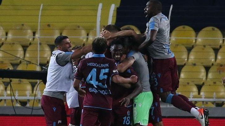 Fenerbahçe 1 - 3 Trabzonspor: Bordo Mavililer Kadıköy'de 23 yıl sonra kazandı, Türkiye Kupası'nda ilk finalist oldu