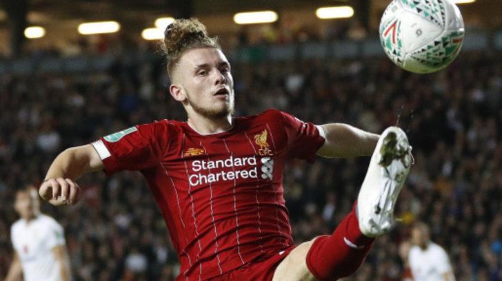Liverpool 17 yaşındaki Elliott'ı profesyonel yaptı!