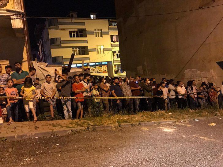 Arnavutköy'de asılsız ihbar vatandaşları sokağa döktü