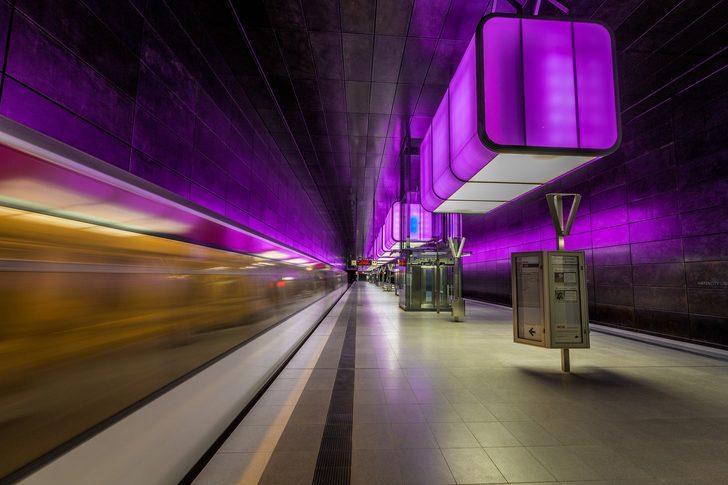 Dünyanın en ilginç metro istasyonları sizi çok şaşırtacak! İçinde düğün bile yapılıyor...