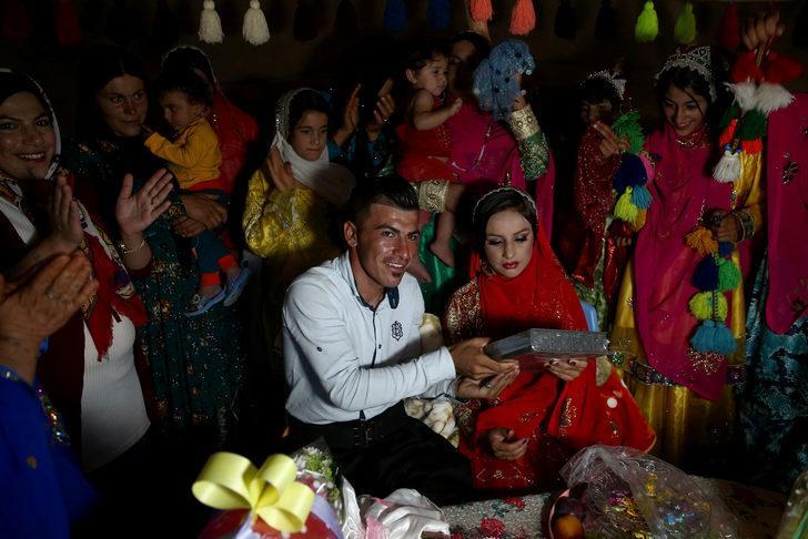 Düğün töreninde 200 kişiye koronavirüs bulaştı