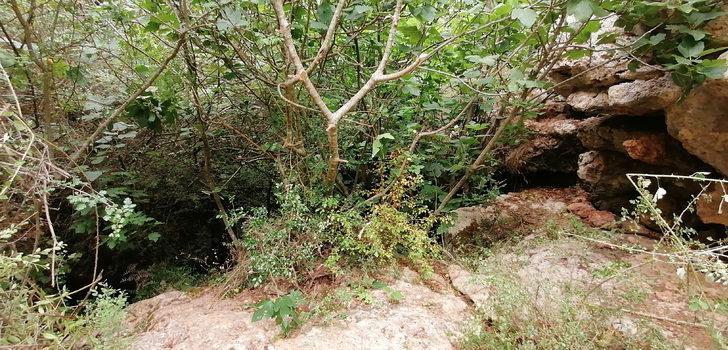 4 kişinin define ararken kaybolduğu mağara girişi görüntülendi
