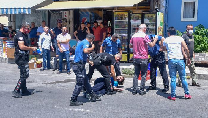Antalya'da dehşet anları! 2 polisi bıçakla yaraladı, vurularak yakalandı thumbnail