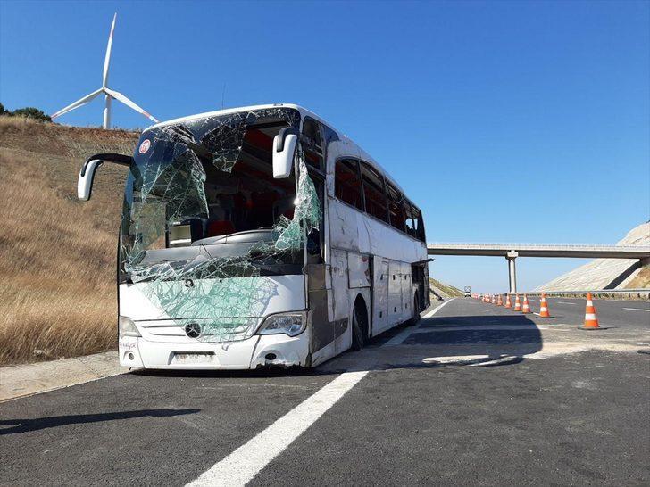 Balıkesir'de yolcu otobüsü devrildi! Çok sayıda yaralı var
