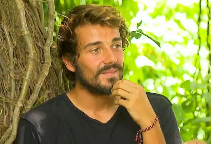 Cemal Can Canseven yeni şarkısı 'Kahraman' ile listeleri altüst etti