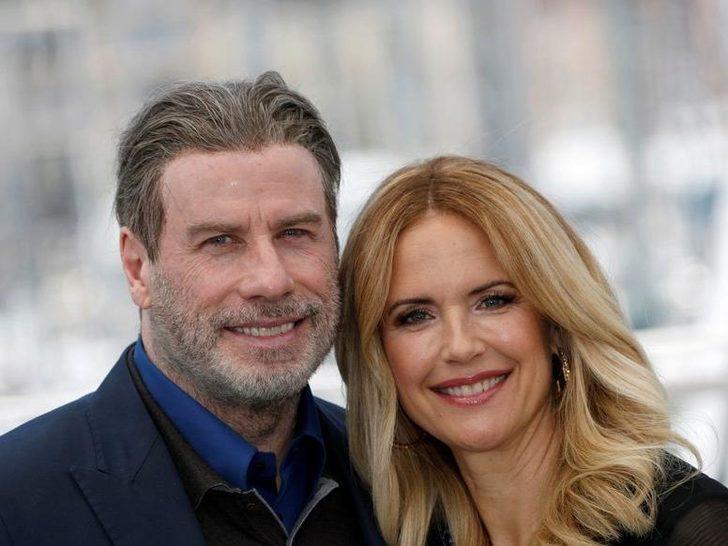 John Travolta'nın eşi hayatını kaybetti! John Travolta kimdir? John Travolta eşi kimdir?