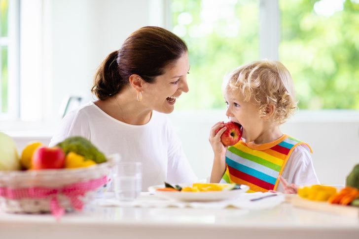 Obezitenin önüne çocukluktan geçin: Sırrı doğru beslenme ve hareketli yaşam