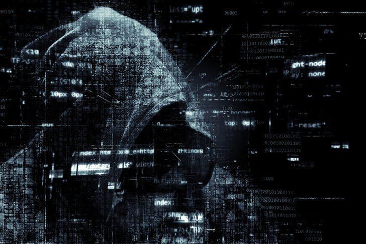 Dikkat! Hackerlar milyonlarca kişinin kamerasını ele geçirdi! Kendinizi korumak için...