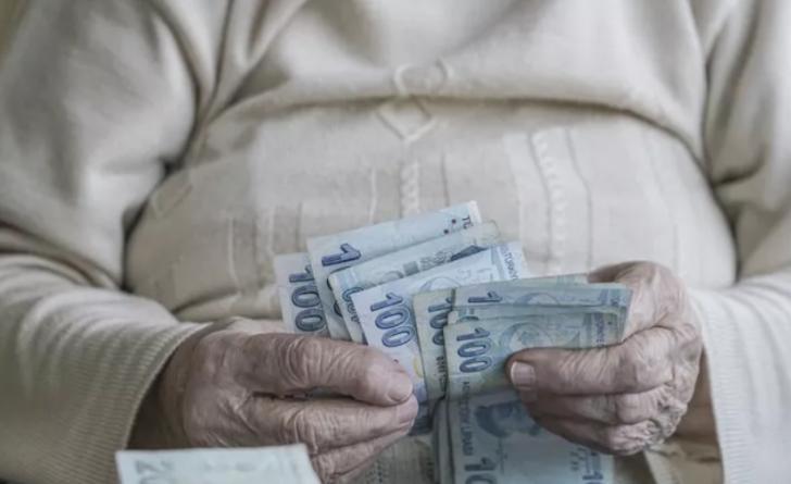 Müjde! Eğer SGK girişiniz bu tarihten önceyse erken emekli olacak ve yüksek emekli maaşı alacaksınız!