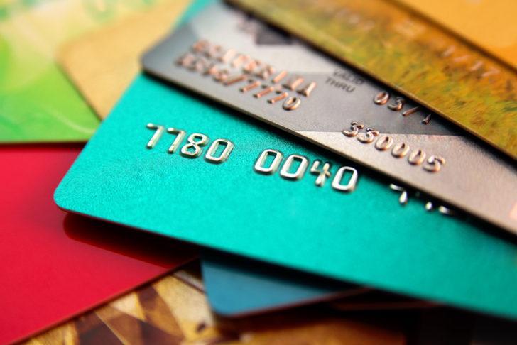 Kredi kartının üst üste asgarisi ödenirse... Kredi kartı borcu kaç gün gecikirse kara listeye girilir?