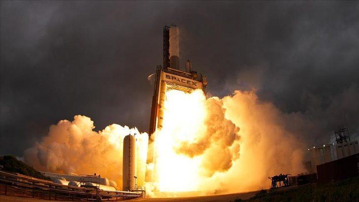 SpaceX, Güney Kore'nin ilk askeri iletişim uydusunu uzaya gönderdi!