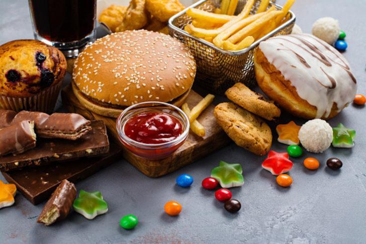 Bu yiyecekler ve davranışlar kalp krizine sebep oluyor! Risk altında olabilirsiniz...