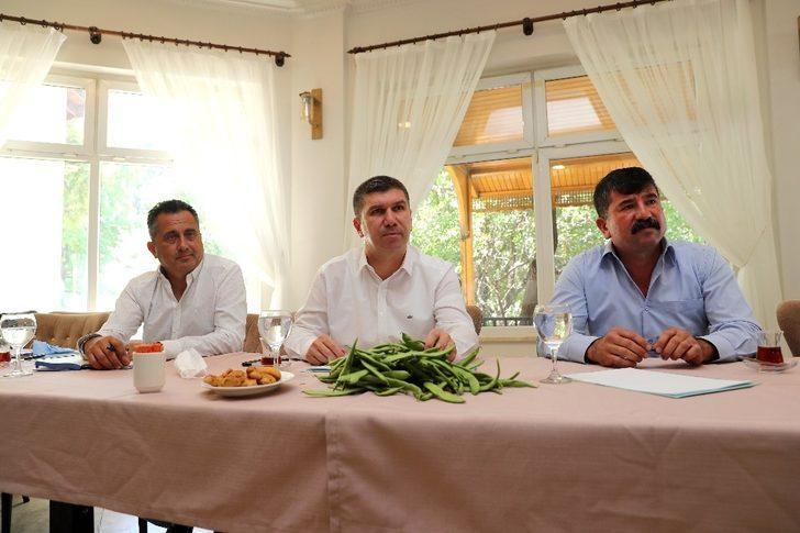 Burdur'da fasulye üreticilerinin problemleri dinlendi