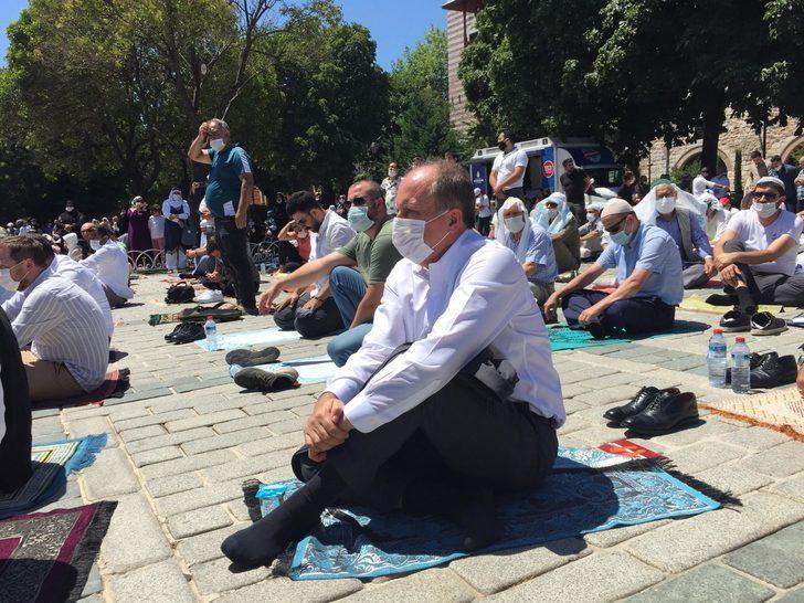 Muharrem İnce Ayasofya'daki ilk namaza katıldı