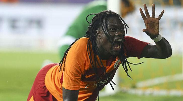 Eski Galatasaraylı Bafetimbi Gomis, Al Hilal ile 2 yıllık sözleşme imzaladı