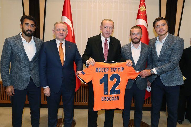 Başakşehir'den Cumhurbaşkanı Erdoğan'a ziyaret