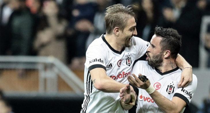 Fenerbahçe taraftarından flaş tepki! Gökhan Gönül ve Caner Erkin...