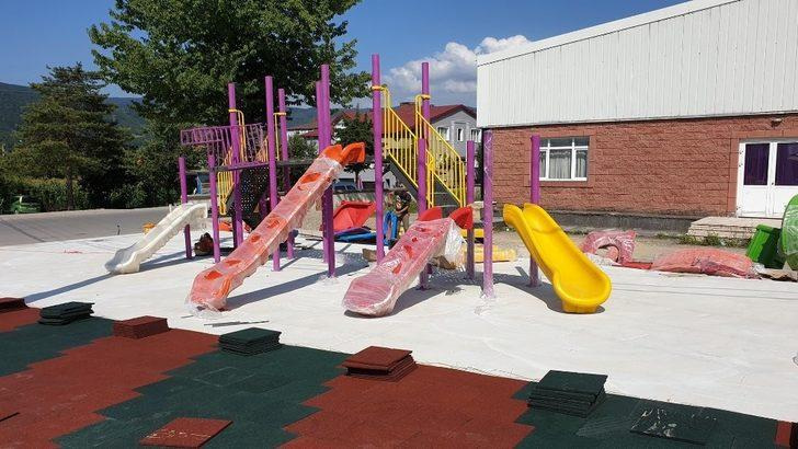 Kaynaşlı'da çocuk parkları sayısı artıyor