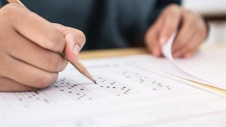 YKS'de sınavdan erken çıkarılan 12 öğrencinin mağduriyeti giderildi