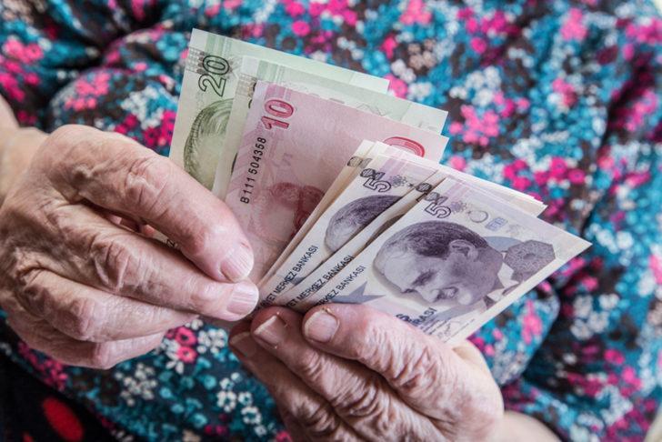 Emekli maaşı tekrar gündemde... Emeklinin Ocak 2021 zammı ne kadar olacak? SGK, SSK ve Bağkur emeklisine ek ödeme mi yapılacak?