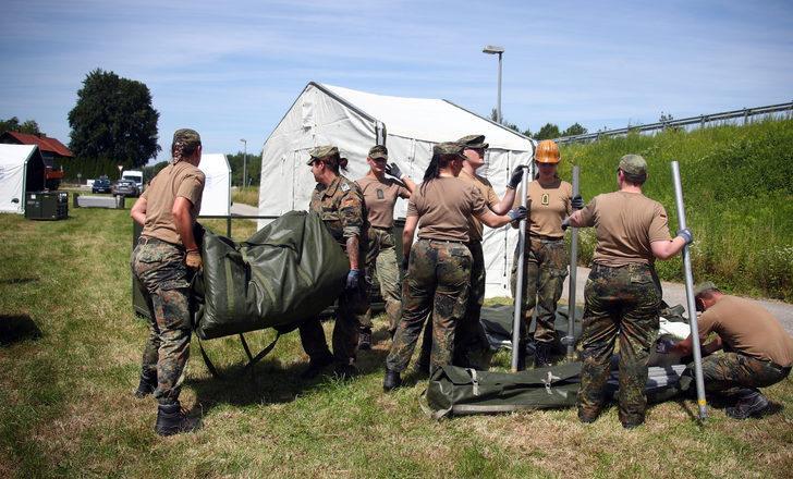 'Almanya'daki yaklaşık 12 bin ABD askeri geri çekilecek'