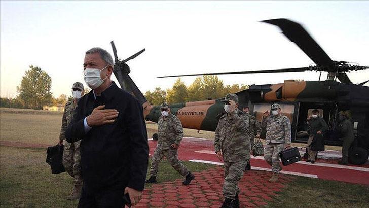 Son dakika: Milli Savunma Bakanı Hulusi Akar'dan Yunanistan sınırındaki birliklere sürpriz denetim