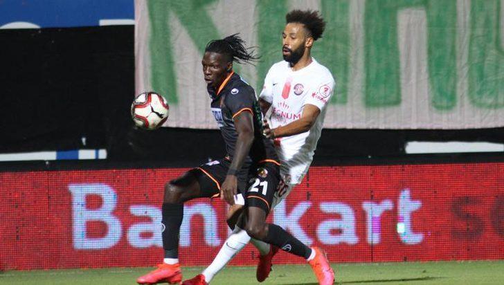 Beşiktaş N'Sakala ile 2 yıllık anlaşma sağladı