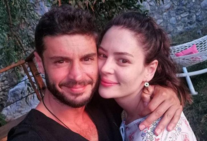 Berk Oktay ve Yıldız Çağrı Atiksoy aşklarını ilan etti: Sefa geldin gönlüme