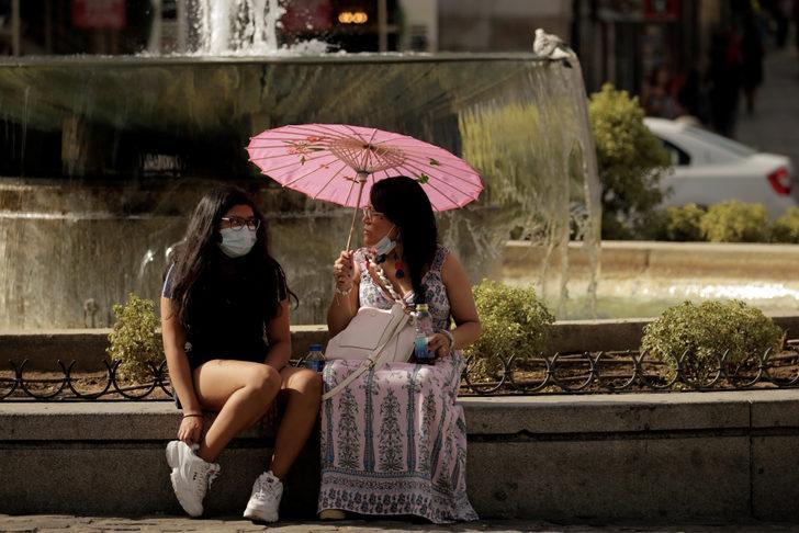 İspanya'da OHAL'in kaldırılmasından bu yana rekor vaka artışı