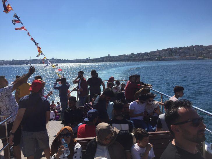İstanbul'da ücretsiz vapur izdihamı!