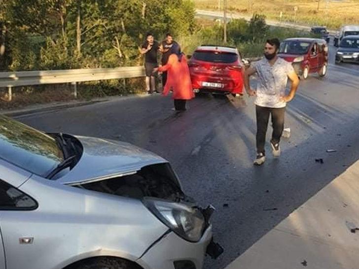 İstanbul'da zincirleme kaza! 5 araç birbirine girdi: 18 yaralı