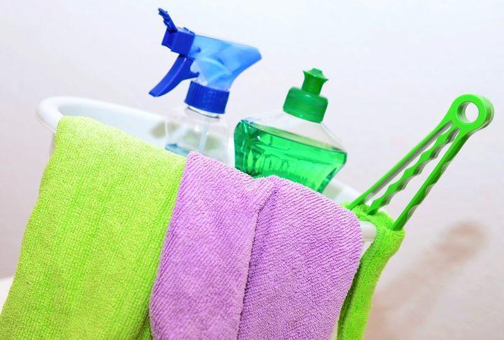 Meğer yumuşatıcı sadece çamaşırlarda kullanılmıyormuş! Saç, halı, banyo...