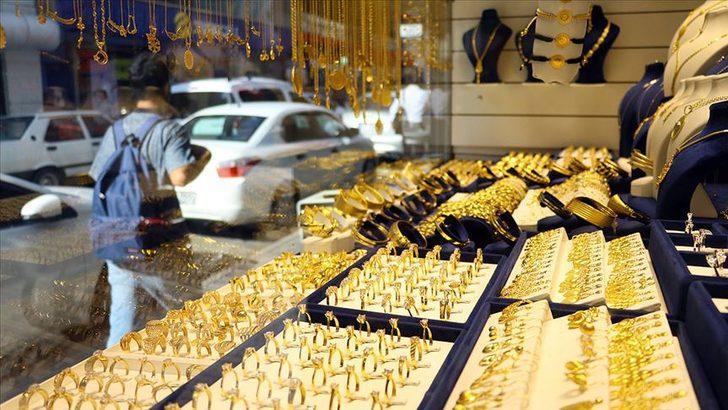 Altın düşer mi? Uzman isimden altın yorumu! Altın fiyatları için riskler çok fazla!
