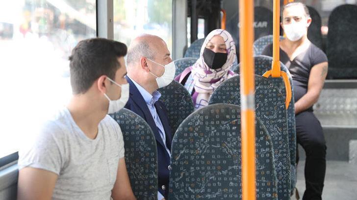 İçişleri Bakanı Soylu, halk otobüsüne bindi