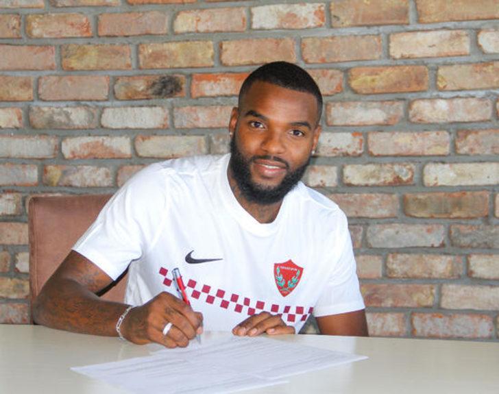 Hatayaspor, Aaron Salem Boupendza ile 2 yıllık sözleşme imzaladı