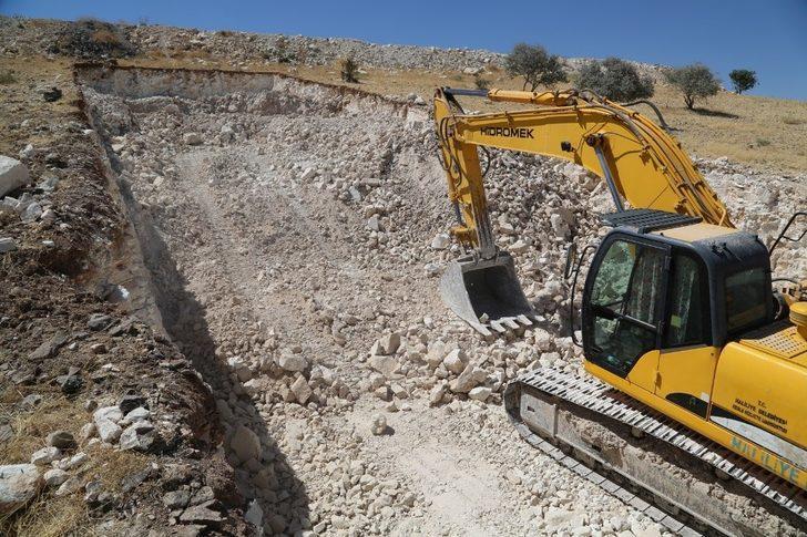 Haliliye'de yeni yol yapım çalışmaları sürüyor