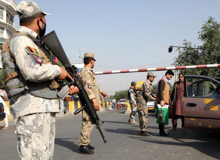 Aralarında 150 idam mahkumunun da olduğu 400 Taliban üyesi serbest bırakılacak