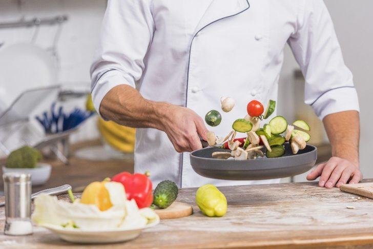 ESOGÜ Öğretim Üyesi Doç. Dr. Duran Cankül, sağlıklı pişirme tüyoları verdi