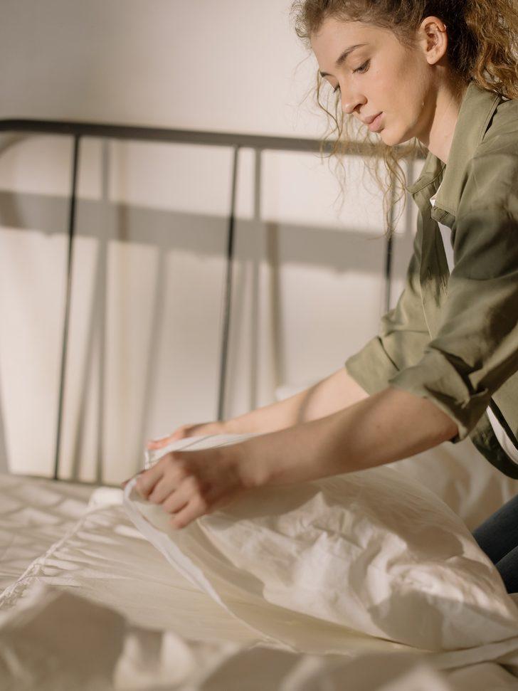 Dikkat! Yatak odanız küf kokabilir! Temizlerken bunlara dikkat etmezseniz...