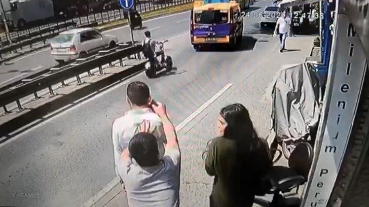 Taksim'de kapkaç dehşeti! Kaldırımda yürürken hayatının şokunu yaşadı