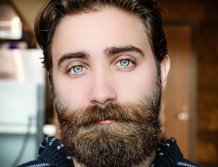 Rüyada sakal, bıyık görmek: Sakal çıkması, bıyık bırakmak