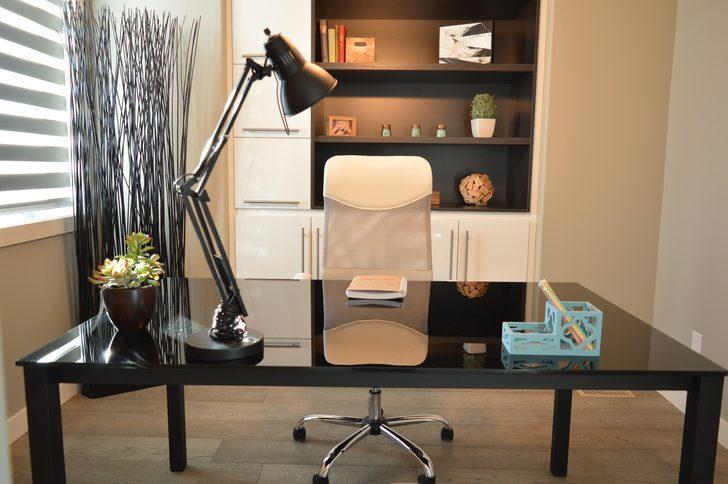 Çalışma odası dekorasyonu için pratik öneriler! Işığı yerleştirirken...