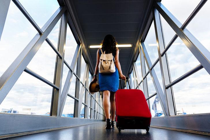 Rüyada Yurtdışına Gitmek: Yurt dışına Kaçmak, Yurtdışında Tatil