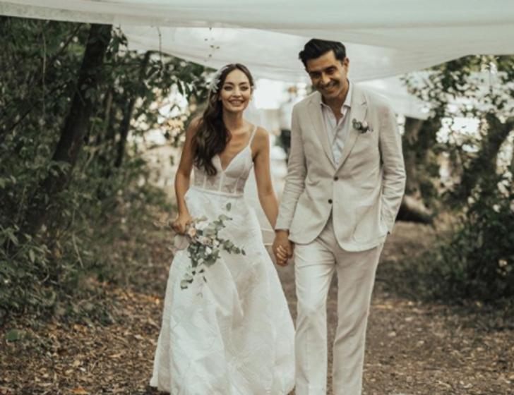 Cansel Elçin ve Zeynep Tuğçe Bayat sessiz sedasız evlendi! Zeynep Tuğçe Bayat kimdir?