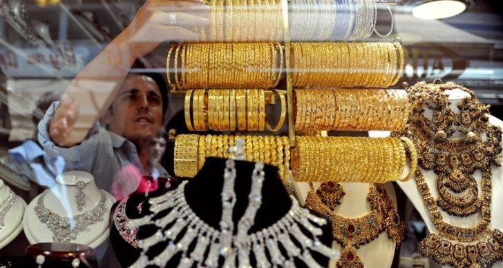 Altın düşey yönde... Gram altın ne kadar? 2 Ekim 2020 Cuma Kapalıçarşı canlı altın piyasası! Çeyrek altın, cumhuriyet altını fiyatı son durum!