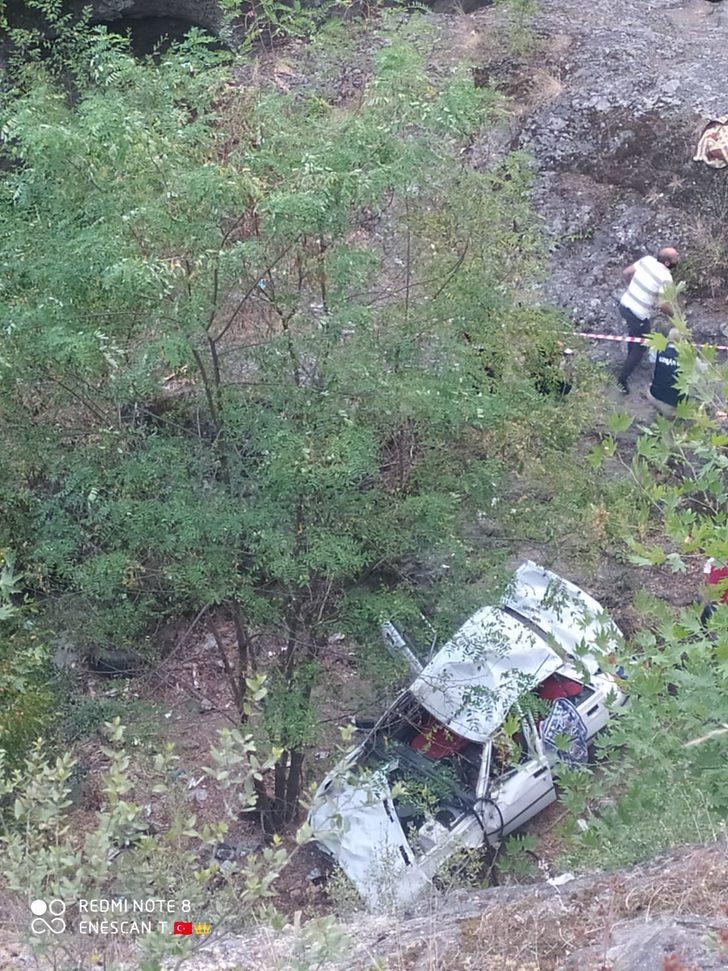 Zonguldak'ta kontrolden çıkan otomobil ormanlık alana uçtu: 1 ölü
