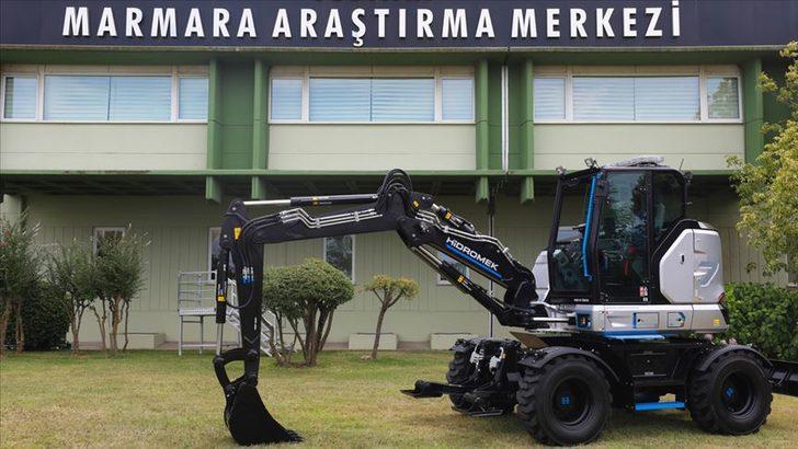 Cumhurbaşkanı Erdoğan tanıtımını yapmıştı! Elektrikli yerli ekskavatör 2022'de satışta olacak