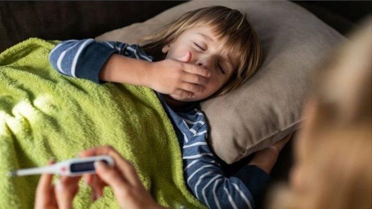 Koronavirüs: BMJ araştırması çocuklarda Covid-19 nedeniyle ağır hastalık veya ölüm riskinin 'çok az' olduğunu gösterdi