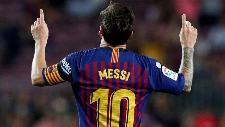 Manchester City ile Lionel Messi arasında 10 yıllık anlaşma iddiası